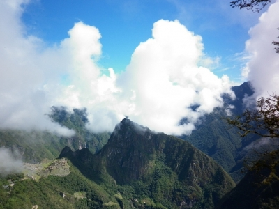Hike-to-Sun-Gate-Machu-Picchu-Peru1